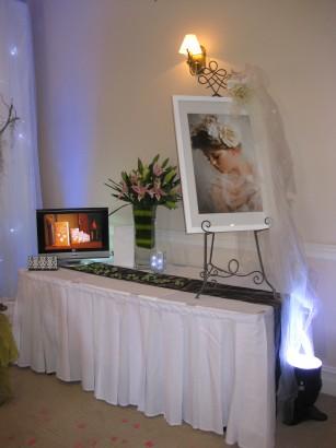 wedding-stand